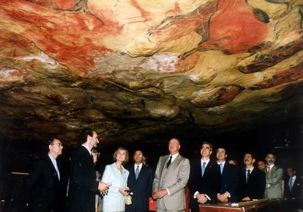 The cave of Altamira, populated by very sophisticated cavemen (and women)